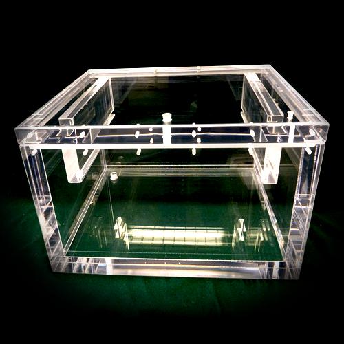 Plastics-Home-Polycarbonate-Acrylic-Fabrication